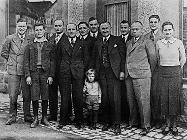 Adolf Häfele and staff in front of the Häfele hardware store in Nagold