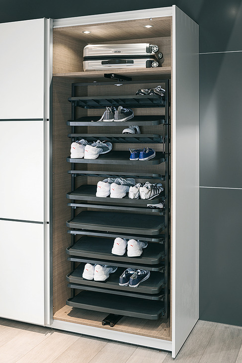 Shoe Rack Extending And Rotating For Tall Cabinets